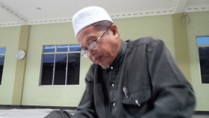 """""""Sebenarnya orang awal yang kendalikan kilang mi dalam syarikat adalah Tn Nasir di Alai, Melaka."""" Pak Din."""